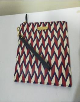 TOMMY HILFIGER WRISLET BAG
